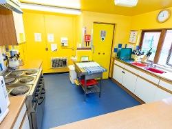 Katesgrove Children's Centre - kitchen