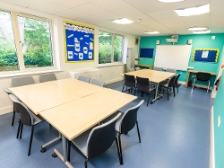 Katesgrove Children's Centre - meeting room