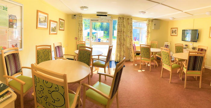 Liebenrood Road sheltered housing dining area