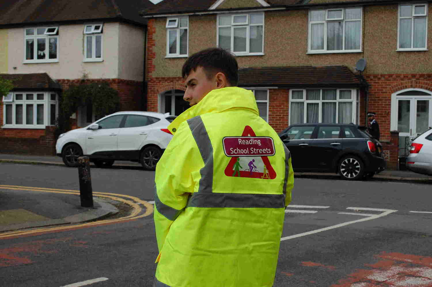 Could you volunteer as a School Street marshal?